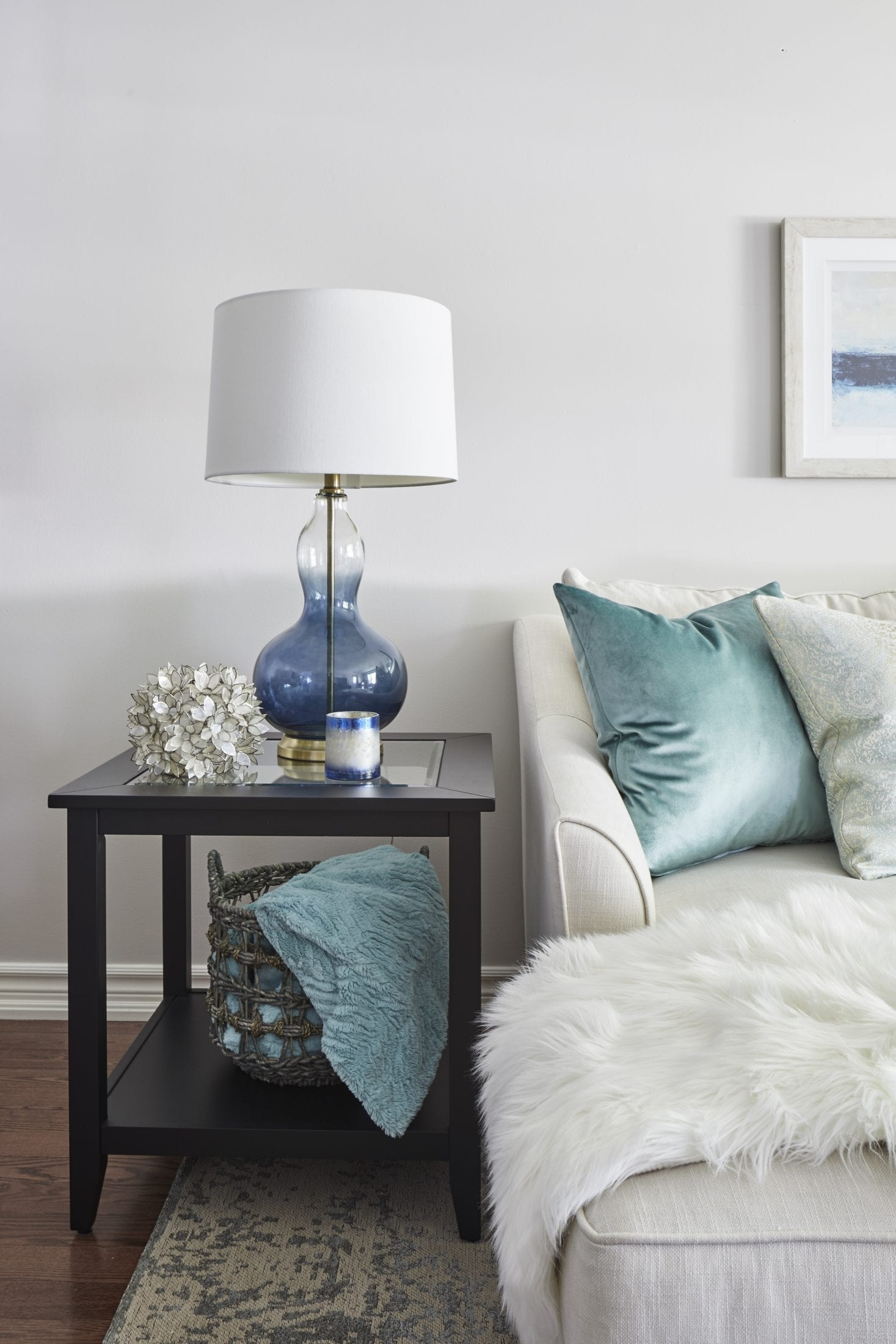 Blue lamp living room with light green accents white sofa decor