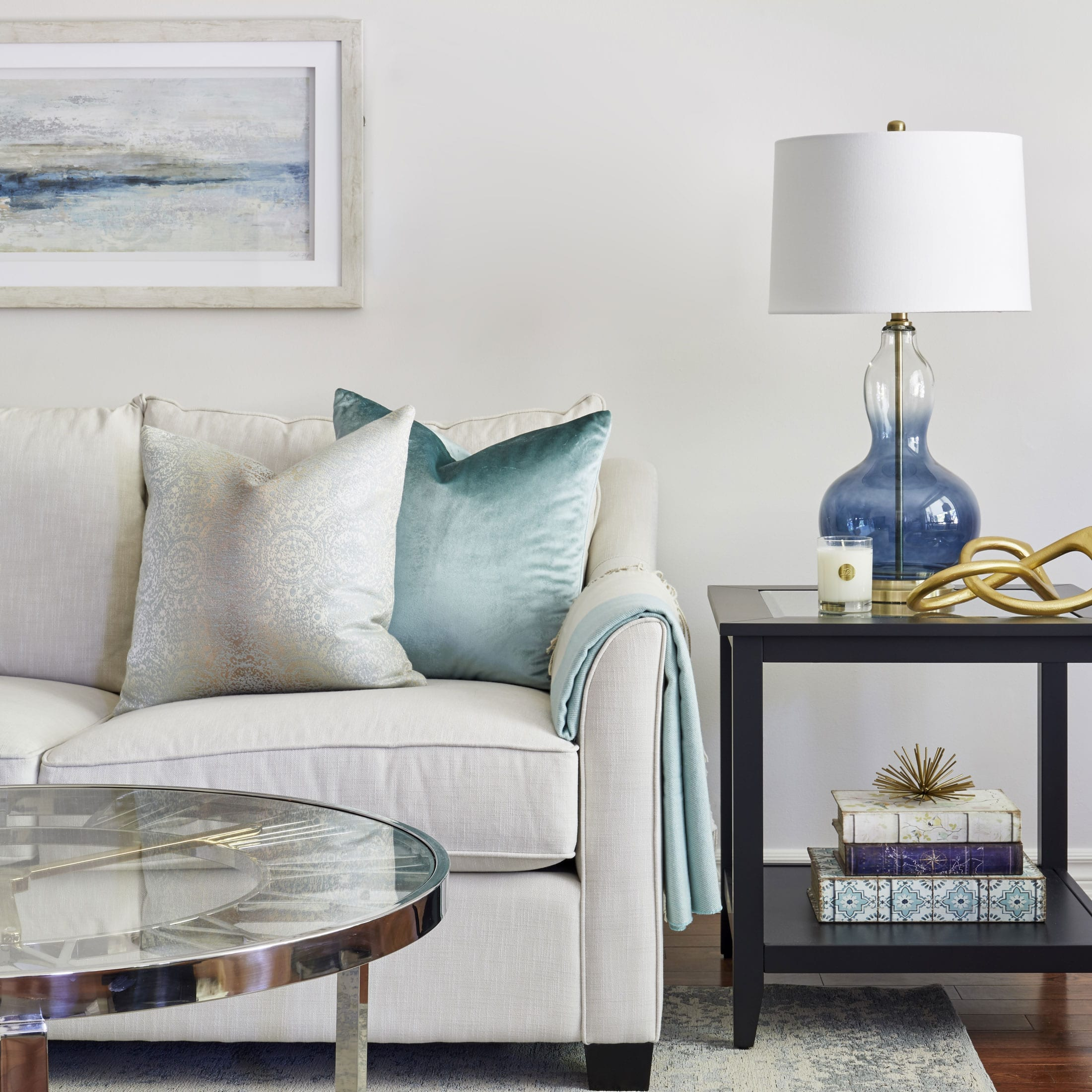 Living room in blue and light green blue lamp
