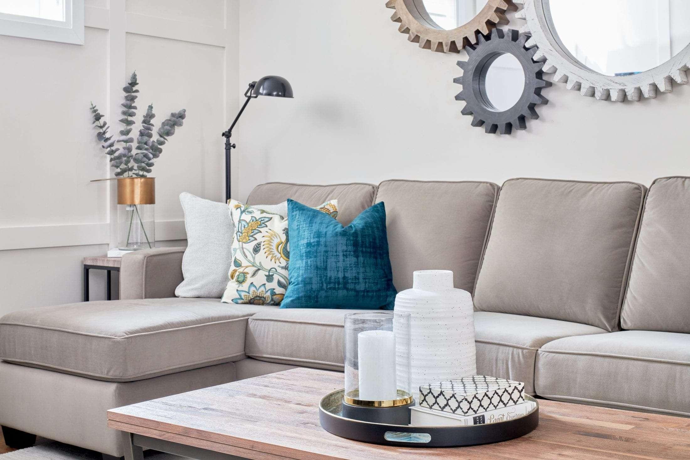 colour expert living room design consultation